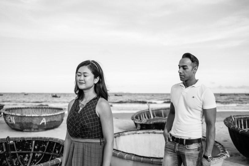 love taken by da nang wedding photographer