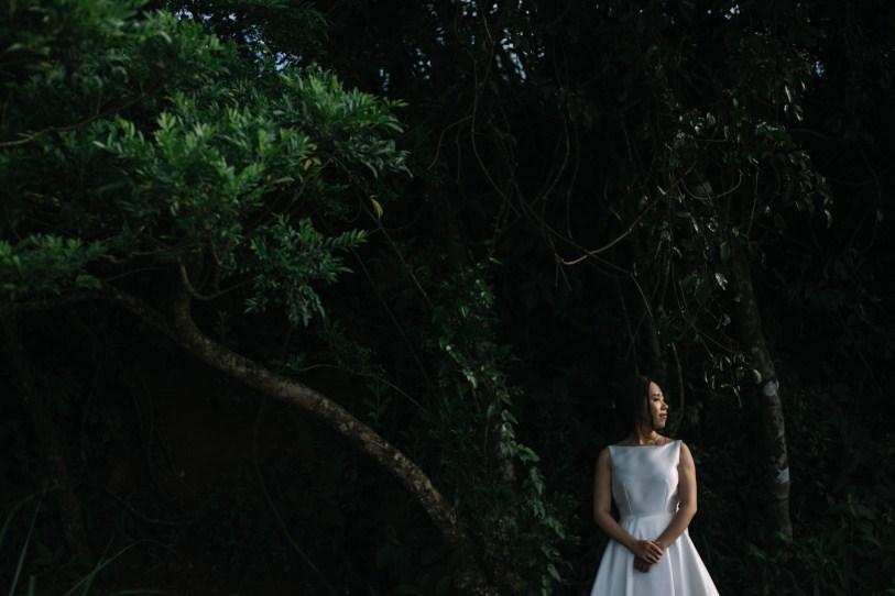 bride in danang taken by vietnam wedding photographer