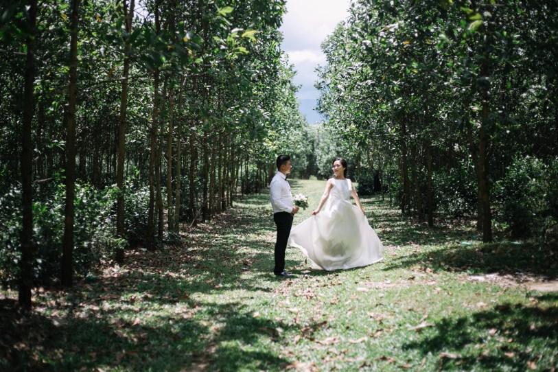 photography wedding in danang taken by vietnam wedding photographer
