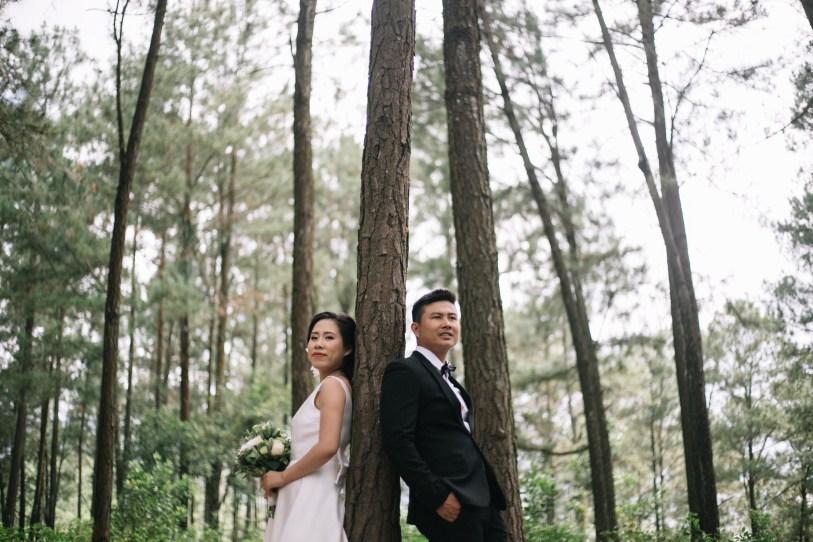 love in danang taken by vietnam wedding photographer