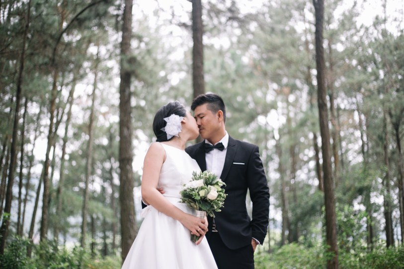 danang wedding taken by vietnam wedding photographer