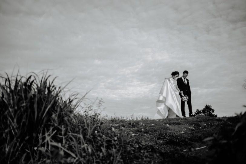 walk taken by vietnam wedding photographer