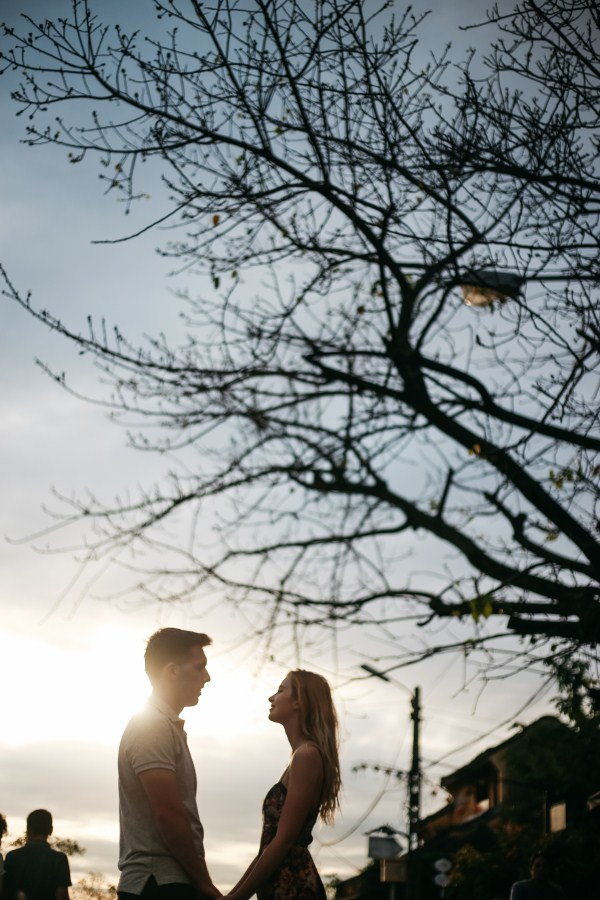 sunset in hoi an with love taken by hoi an photographer - vietnam wedding photographer in hoi an