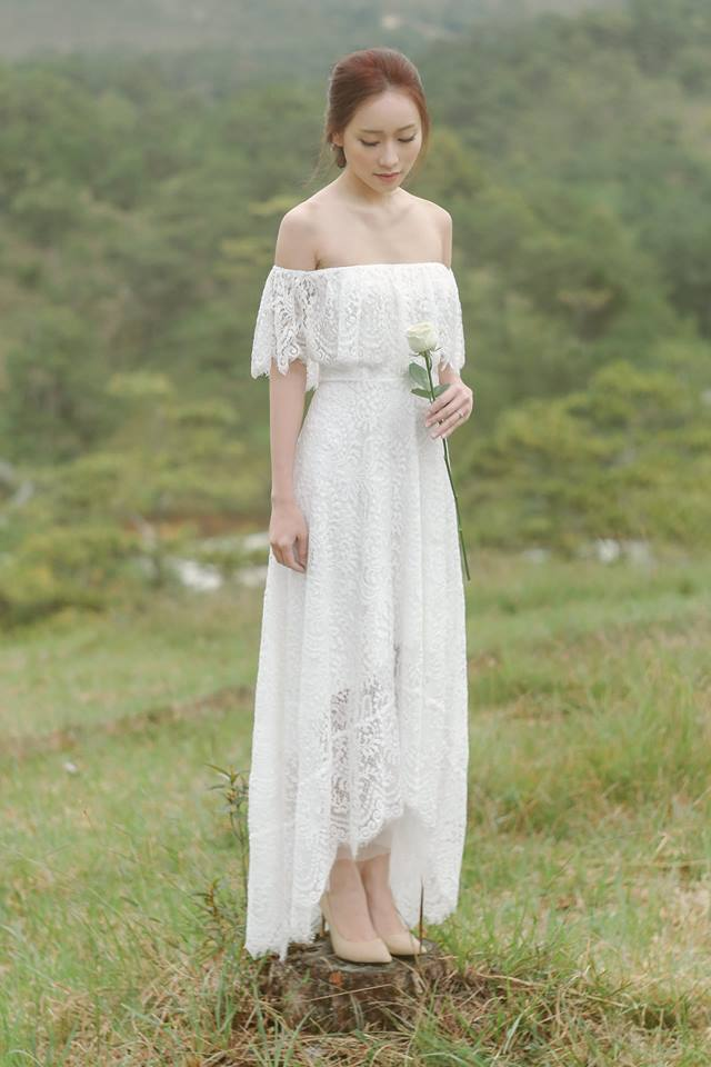 Off the shoulder wedding dresses by Poxi - Dresses for brides - vietnam wedding custumes - vietnam wedding dress