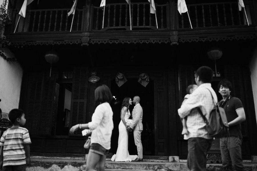 Wedding day in sunrise premium resort Hoi An taken by Hoi An photographer | hoi an wedding photographer | vietnam wedding photographer | da nang photographer