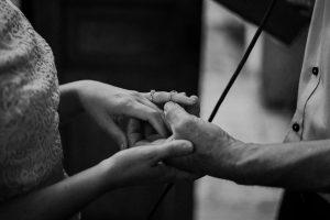 anh phan photographer | anh phan photographer in hoi an | hoi an local photographer | Warm small wedding in hoian | hoi an photographer | small wedding in hoi an | vietnam wedding photographer | vietnam photographer | hoi an destinations wedding | da nang photographer | da nang wedding photographer